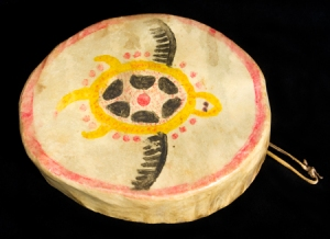 A Lenape drum, from the site: http://wakinguponturtleisland.blogspot.com/2011/02/neweneit-na-ahas.html